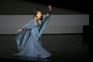 Анна Нетребко поёт свою первую «Аиду» в Зальцбурге