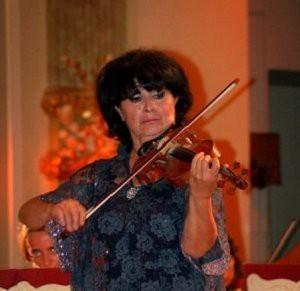 Лиана Исакадзе