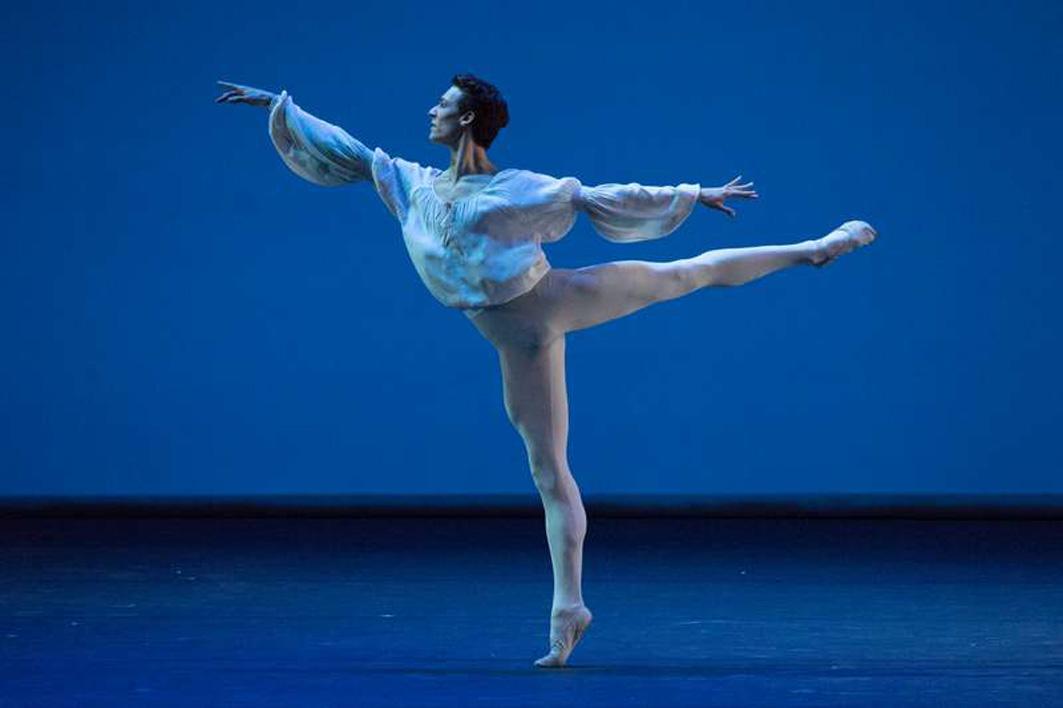 Benois de la Danse четверть века