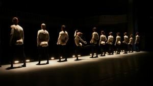В рамках фестиваля балета Dance Open израильская Танцевальная компания «Батшева» представила спектакль «Вирус Наарина»