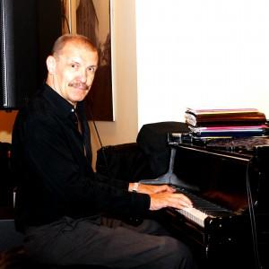 Николай Левиновский