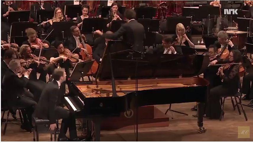 10 самых популярных концертов для фортепиано с оркестром