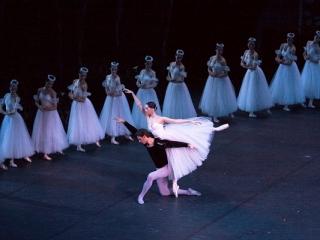 Можно ли увидеть классические балеты в их первозданном виде?