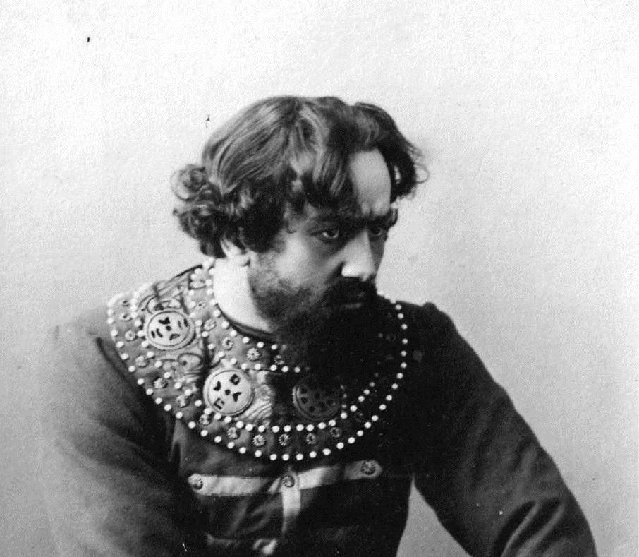 Петр Оленин